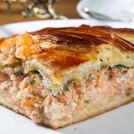 Пирог с сёмгой,картофелем и луком Фото