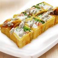 Жареная тортилья с лососем Фото