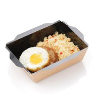 Бифштекс с яйцом и кускусом Фото