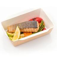 Филе лосося с молодыми овощами Фото