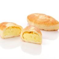 Пирожок с картошкой Фото