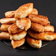 Пирожки из дрожевого теста с картошкой Фото