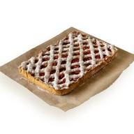 Пирог с яблоком и брусникой (на заказ) Фото