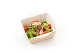 Салат с куриным филе и овощами - Фото