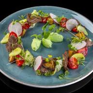 Романтический салат с нежнятиной Фото
