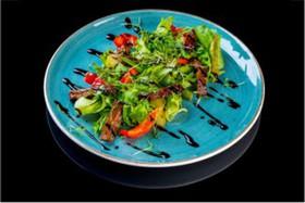 Теплый салат с говядиной - Фото