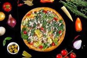 Цезарь с куриным филе пицца - Фото