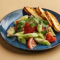 Овощной салат по-грузински с маслом Фото