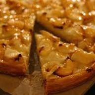 Пирог яблоко с корицей на слоеном тесте Фото