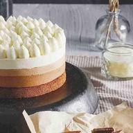 Муссовый торт 3 шоколада Фото