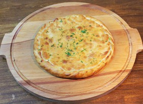 Осетинский пирог с мясом и сыром - Фото