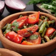Стручковая фасоль с овощами Фото