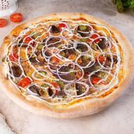 Пицца с говяжьим языком Фото