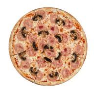 Пицца с ветчиной и грибами хит Фото