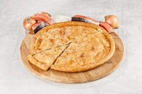 Пирог с красной рыбой и рисом - Фото