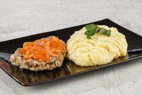 Котлета с картофельным пюре(воскресенье) - Фото