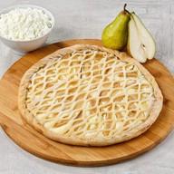 Пирог грушевый с творожным кремом Фото