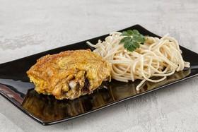 Бедро куриное жареное,спагетти (суббота) - Фото