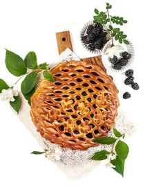 Пирог с ежевикой - Фото