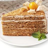 Медовик со сметанным кремом пирожное Фото