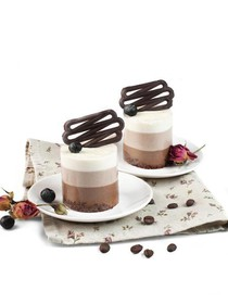 Три шоколада пирожное - Фото