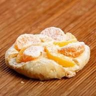Дениш персик-мандарин Фото