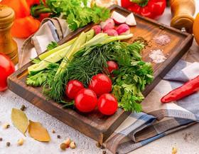 Сезонные овощи и зелень - Фото