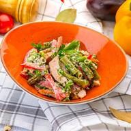 Теплый салат из зеленой фасоли Фото