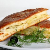 Пирог с картофелем и луком Фото
