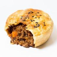 Пирог говядина в вустерширском соусе Фото