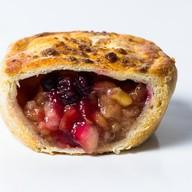 Пирог смородина с грушей и яблоком Фото