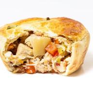 Пирог курица с овощами в соусе Фото