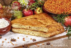 Пирог слоеный с облепихой и творогом - Фото