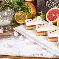 Пирожное Пастель-грейпфрут Фото