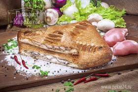 Пирог слоеный с курицей и грибами - Фото