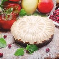 Тарталет с яблоками и брусникой Фото