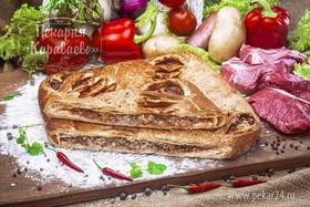 Пирог слоеный с мясом и овощами - Фото