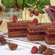 Торт Шоколадный трюфель с малиной Фото