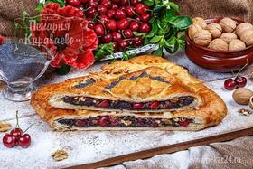 Слоеный маково-вишневый пирог - Фото