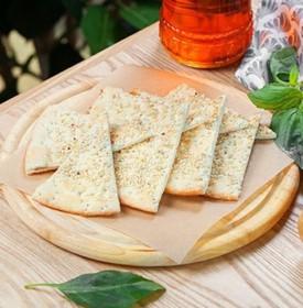 Фокачча с чесноком и оливковым маслом - Фото