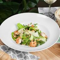 Грин-салат с креветками Фото