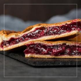 Осетинский пирог с вишней - Фото