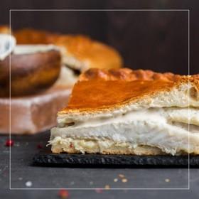Пирог с судаком в сливочном соусе - Фото