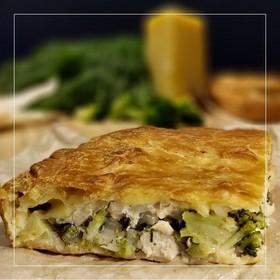 Пирог с брокколи и курицей - Фото
