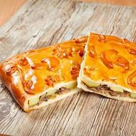 Пирог с грибами и картофелем Фото