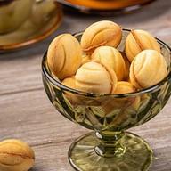 Орешки с вареной сгущенкой Фото