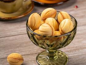 Орешки с вареной сгущенкой - Фото