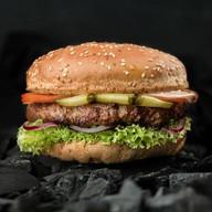 Гамбургер с курино-говяжьей котлетой Фото