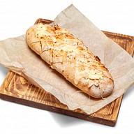 Сырный французский хлеб Фото
