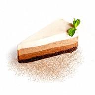 Торт-суфле Три шоколада Фото